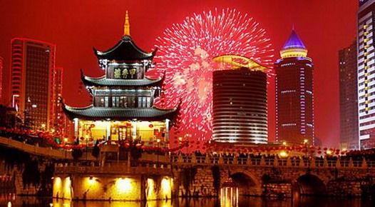 Пляжный отдых и лучшие экскурсии Пекина-самый популярный вариант для встречи Нового Года 2015 в Китае. Тур