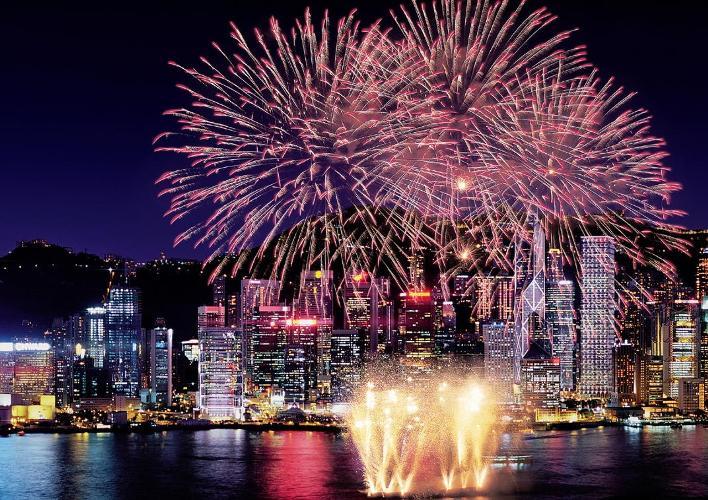 Отличный вариант для встречи Нового года 2015 в Китае! Лучшие пляжи острова Хайнань и цветные огни небоскребов Гонконга удивят всех!