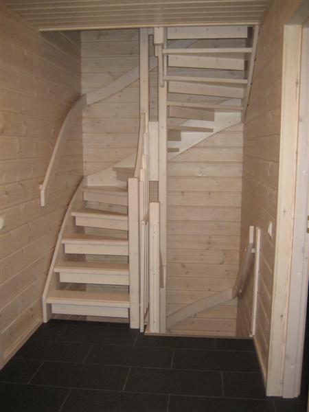 Лестницы для второго этажа фото